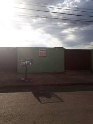 Casa rua Guarani Jd Guanabara, frente a sorveteria Espumosa
