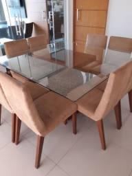 Mesa tampo de vidro com 8 cadeiras