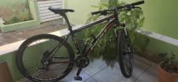 Bike Aro 26, Quadro First FX tamanho 17.5, 27 velocidades
