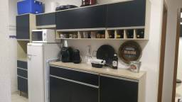 Armário para cozinha semi novo.