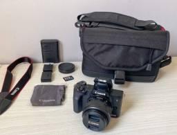 Título do anúncio: Câmera Canon EOS M50