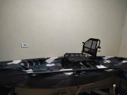 Título do anúncio: Caiaque de pesca caiman100 novo sem uso