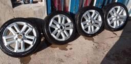 Roda 15 e pneu 195 45 15 zerado vendo troco