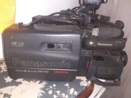 Título do anúncio: Câmera filmadora Panasonic digital antiga funciona 150 reais