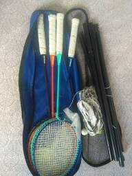 Raquete Badminton Artengo (Quatro) com redinha