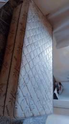 Vendo essa cama de solteiro