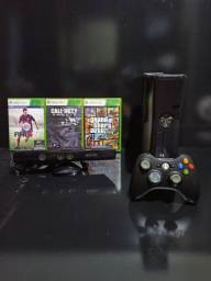 Xbox 360 Slim - 250 GB - Kinect