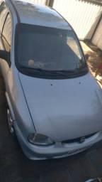 Carro Corsa 2000