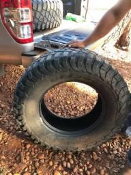 bf goodrich mud terrain  35x12.5 r18