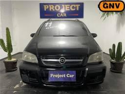 Título do anúncio: GM - Chevrolet Zafira Comfort - 2.0 8v Completo com GNV - 2011