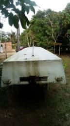 Vendo um bote de alumínio de 7 metros