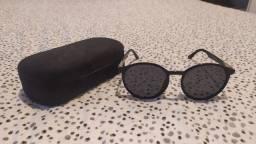 Título do anúncio: Óculos Escuros Chilli Beans Iza + Estojo