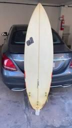 Título do anúncio: Prancha de surf 6'3 Renato Larica