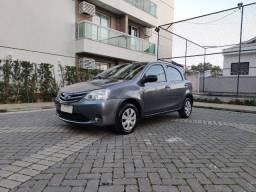Toyota Etios 1.3 Hatch - Muito novo! Super conservado! Oportunidade!