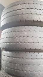Pneus 225x75x16 e 205x75x16 para vans