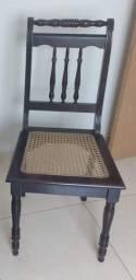 Título do anúncio: Vendo cadeira antiga peça única