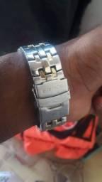 Relógio Casio Edifice Original faltando So o Pino Do Meio Pra Ele Funciona. Rolo em prata