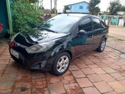 Fiesta sedan 2012
