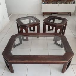 Conjunto de mesa de madeira com tampo de vidro