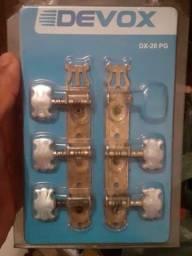 *violão* com kit de tarrajas de brindar.