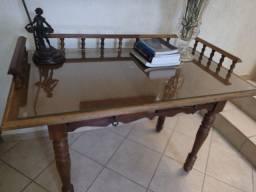 Escrivaninha antiga restaurada
