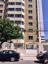 Apartamento, na Aldeota; 173m², 3 Suítes, DCE, 4 vagas, localização excelente!