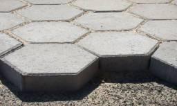 Postes de cimento, mourão, alambrado, poste de energia, mesa vibratória, pisos de concreto