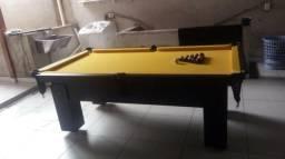 Mesa com 4 Pés Cor Preta Tecido Amarelo Mod. DCSW9700