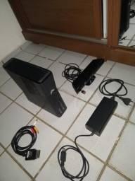 Xbox 250gb para retirada de peças + (Kinect perfeito) e (Fonte perfeita)