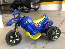 Moto Elétrica Infantil XT3 6V