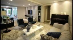 Maravilhosa casa em condomínio de alto padrão