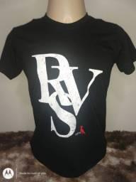 Camisas sociais de diversas marcas