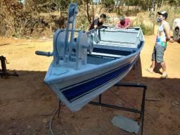 Barco de alumínio Malloy 4,90x1,40 metros