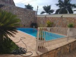 Casa com 3 quartos, sendo 3 suítes, 225 m² - Jardim Vila Boa
