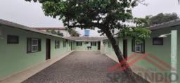 Condomínio com 05 apartamentos, Quadra do Mar, no Balneário Paese!
