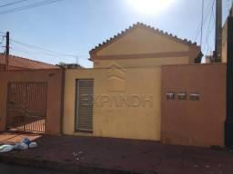 Casa para alugar com 1 dormitórios em Centro, Sertaozinho cod:L7052