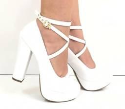 Calçado feminino meia pata