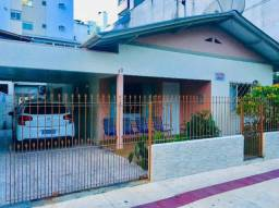 Locação Temporada - Casa 3 Dormitórios Centro de Balneário Camboriú