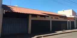 Alugo casa mobiliada - Jardim Paraná