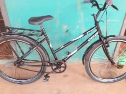 À venda bicicleta em perfeito estado só pegar e andar 200 entrego.