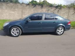 Vendo vectra elegance 2010 ou troco po triton L200