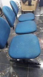 Cadeiras  longarinas  de 3 lugares