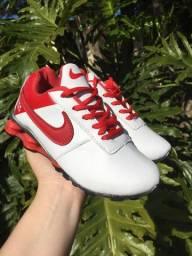Tênis Infantil Nike Shox Branco e Vermelho Nº 28 e 30