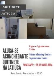 Quitinete com entrada independente na Jatiúca.