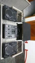 Kit Mixer DJM 400 Pioneer + Par CDJ 350 Pioneer + Case