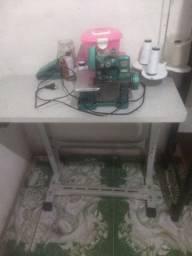 Vendo máquina de costura overloque semi Nova