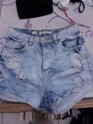 2 Shorts   jeans por $30 !!!