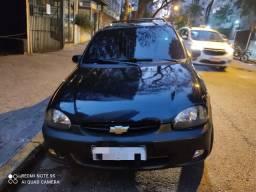 Título do anúncio: pick-up Corsa ano 2000 modelo 2001