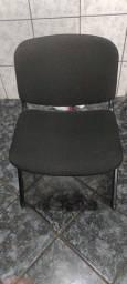 Vendo cadeira semi nova para escritório