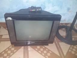 Televisao boa em otimo estado sinal analógico  otimo